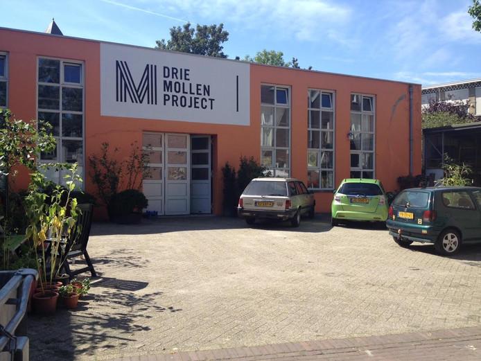 In dit pand zit project De Drie Mollen gevestigd.