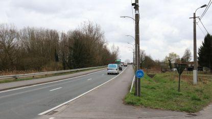 Gemeente zorgt voor veilige oversteekplaats voor fietsers aan Scheldebrug