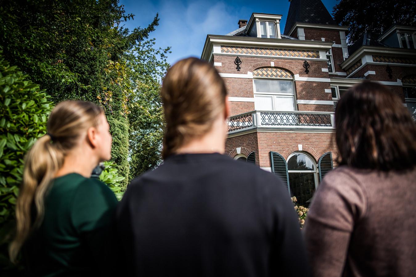 Donorkinderen van voormalige kliniek Oosterbeek.