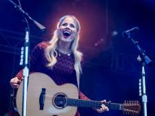 Ilse DeLange geeft optreden in de Ziggo Dome