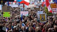 Massademonstratie in Praag tegen premier Babis, dertig jaar na de Fluwelen Revolutie