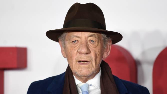 """Ian McKellen niet bereid 'te sterven' voor films in coronatijd: """"Het doet me wel afvragen hoeveel jaren ik nog heb"""""""