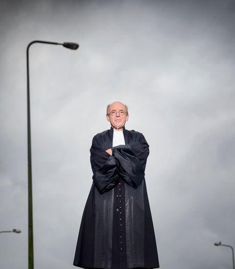 Rechter Willem (70) strijdt tegen zijn gedwongen pensioen