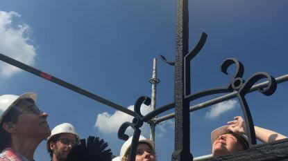 Torenhaan Sint-Antoniuskerk blinkt weer