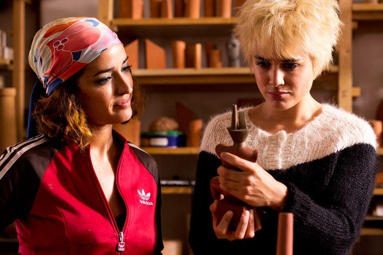 Inma Cuesta en Adriana Ugarte in Julietta. Beeld