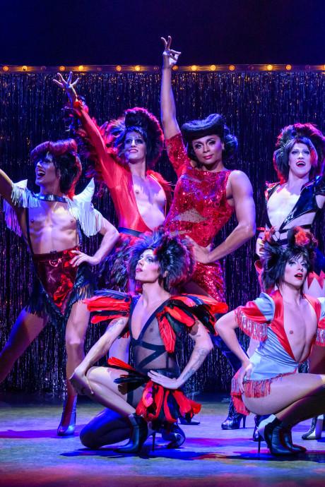 Kinky Boots overtuigt, sprankelt, laat lachen en nadenken