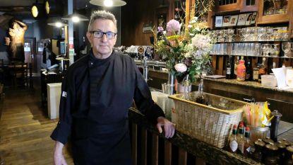 """Willy Van Itterbeeck (65) stopt zondagnacht met Ankercafé: """"Mijn lichaam schreeuwt na 50 jaar horeca"""""""