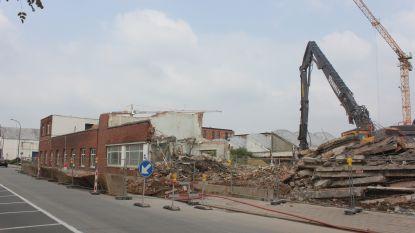 Vroegere kantoren van Tupperware gaan tegen de grond