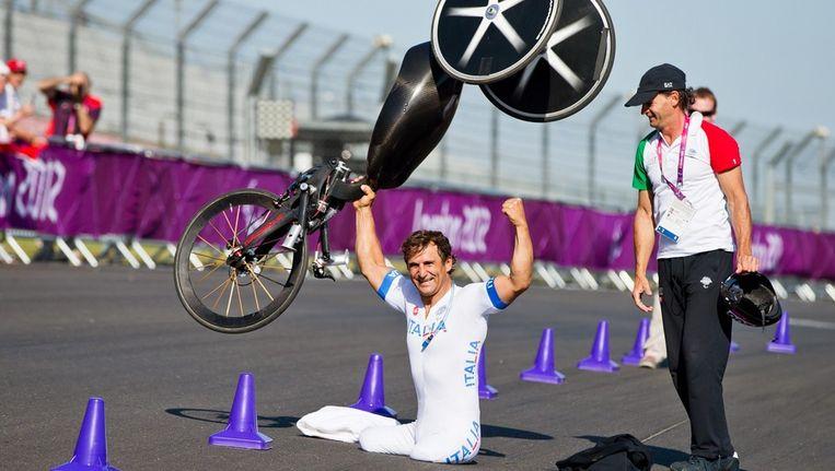 Alessandro Zanardi was door het dolle heen na zijn overwinning.