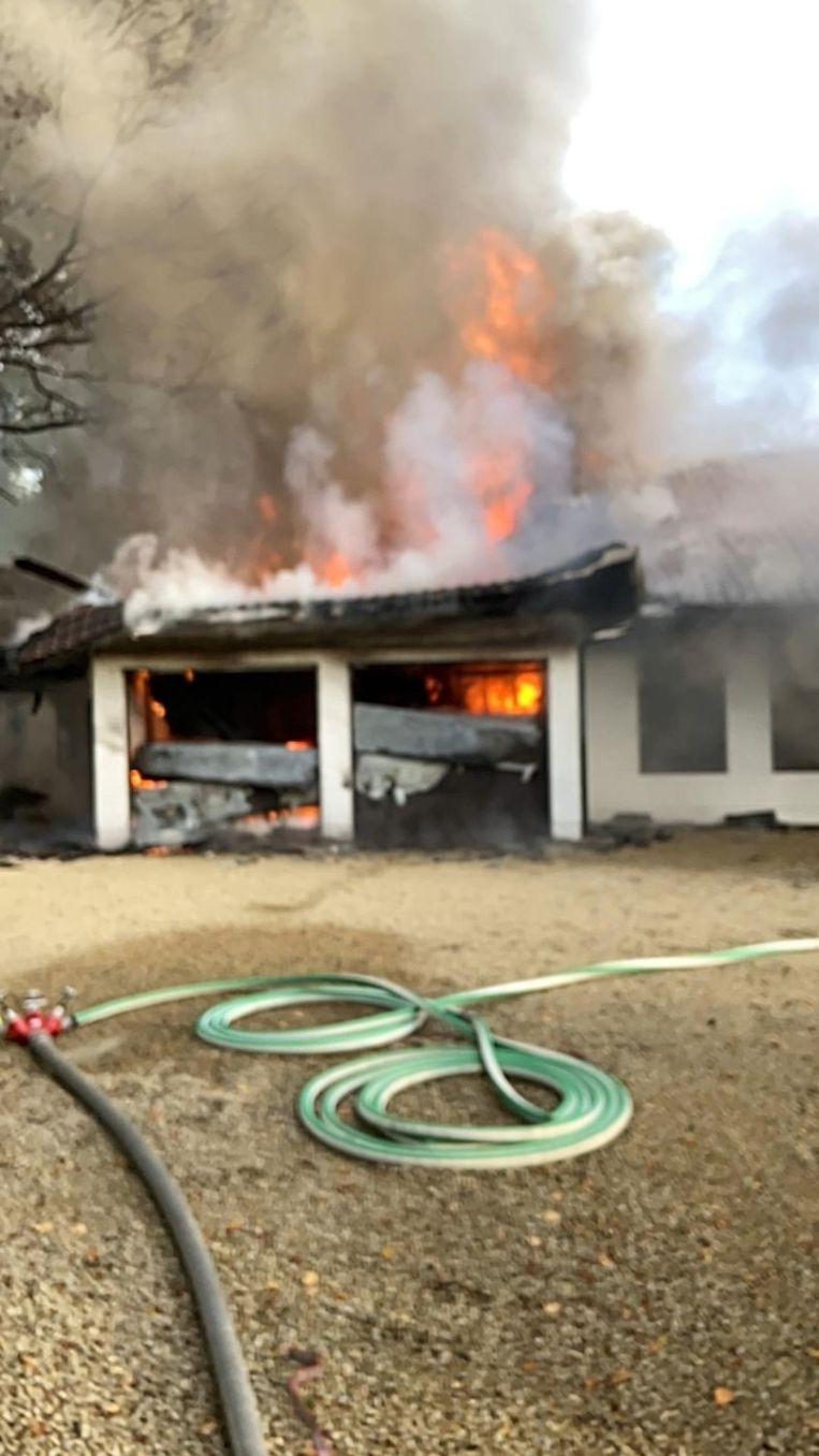 Het vuur brandde even hevig.