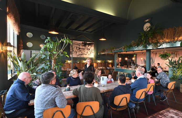 De Indische Salon vindt plaats in Moluks restaurant Havendorp.