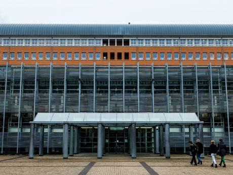 Massale vechtpartij in rechtbank Den Bosch, ontruiming rechtszaal