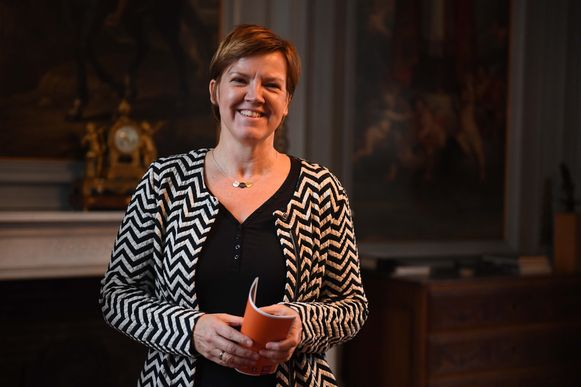 Els Van Hoof (CD&V) zetelt in de Kamer voor CD&V maar is ook Leuvens gemeenteraadslid.