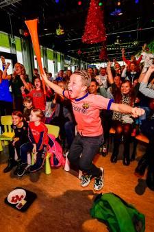 Handbalvereniging apetrots op clubgenoot die WK-finale tegen Spanje wint: 'Iedereen hier wil Kelly zijn'