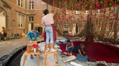 Hoogmis voor bloemenfans op Alden Biesen