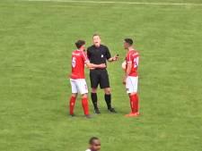Scorende scheidsrechter 'direct benaderd door vele clubs voor spitspositie'