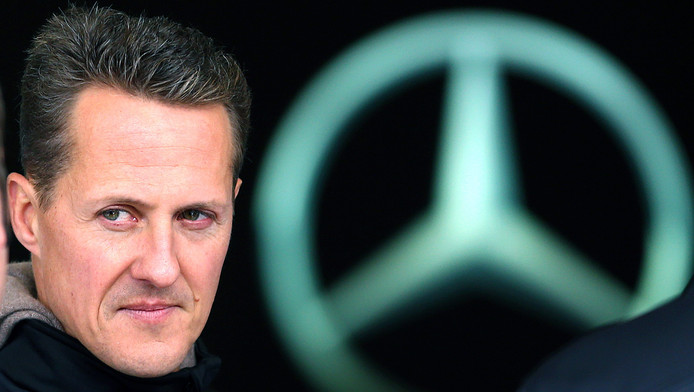 """Le lieu où le pilote poursuit """"sa longue phase de réadaptation"""" n'est pas divulgué dans le communiqué diffusé par Sabine Kehm, porte-parole de la famille, qui ne fournit aucun détail sur l'état de santé de Schumacher."""