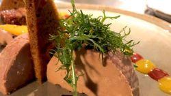 """Haatmails en valse recensies voor Brugs restaurant dat foie gras serveert, Sven Ornelis springt in de bres: """"We zaten in het oog van de storm"""""""