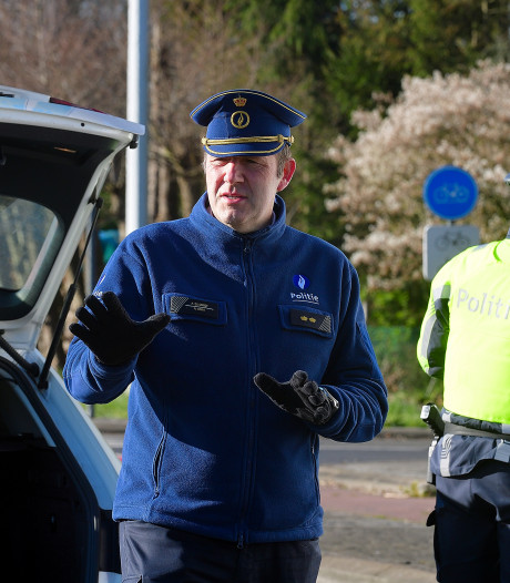 De grenscontroles zijn terug: 'Nooit geweten dat zoveel Nederlanders een paard hebben in België'