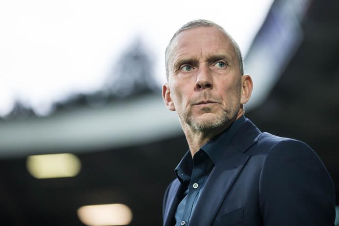 NEC-coach Adrie Bogers.