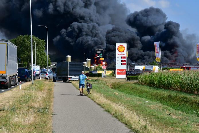 Veel rook en vuur in Didam.