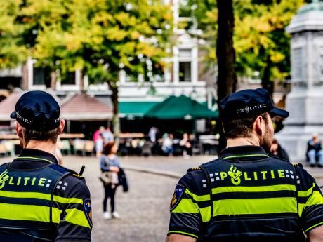 Wijkagenten in Haagse regio aan Poolse les om contact te verbeteren