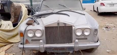 Kerkhof vol supercars en top-limousines in de woestijn