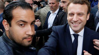 """Vechtende bodyguard die Macron doet wankelen, gooit olie op het vuur: """"Ik zou het zo opnieuw doen"""""""