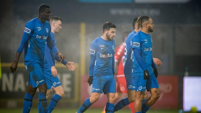 Onherkenbaar Racing Genk laat leidersplaats liggen na dramatische tweede helft tegen KV Kortrijk