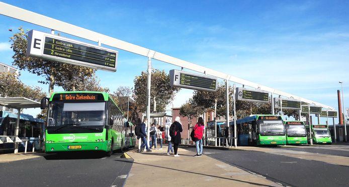 Het netwerk waarbij de bus bijna elke buurt aandoet, verdwijnt.