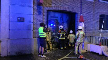 Korte maar hevige brand in Felix Pakhuis in Antwerpen: beperkte schade bij restaurant Balls & Glory