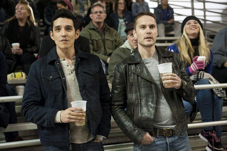 Gabriel Luna als Miguel Gilb en Taylor Kitsch als Paul Woodrugh. Beeld HBO