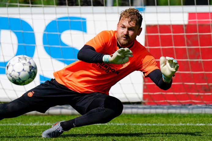 Jeroen Zoet tijdens de training van PSV.