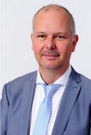 Wethouder Marcel Blind hoeft niet op te stappen. De meest kritische partij, de PvdA, besloot geen motie van treurnis of van wantrouwen tegen hem in te dienen.