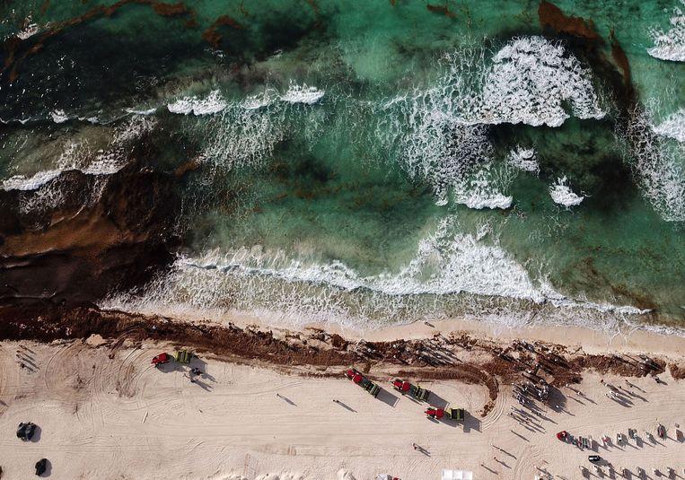 Foto gemaakt boven het strand van Cancun.