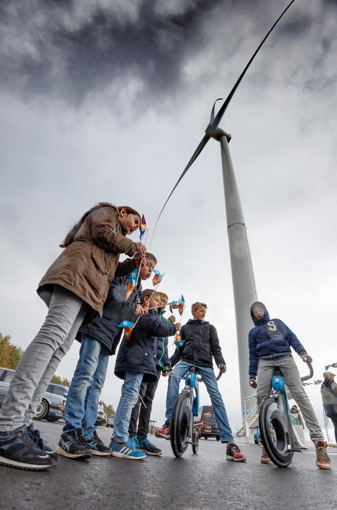 Voor kinderen was er vanalles te doen tijdens de open dag van windmolenpark Oud Dintel in Heijningen.