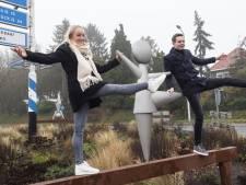 Sanne Wevers onthult op 'eigen' rotonde in Oldenzaal balk die haar eeuwige roem bezorgde (update)