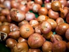 OM valt binnen bij boerenbedrijven: 'Aardappel- en uienhandel vatbaar voor witwaspraktijken'