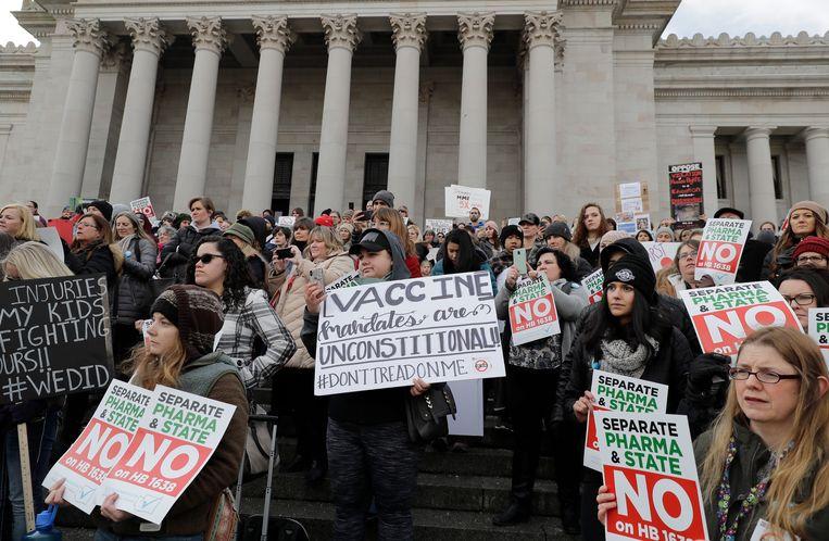 Een demonstratie tegen het verplicht vaccineren van kinderen in de VS. Beeld AP