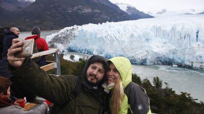 Lachen! De gletsjer stort in