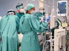 Près de 1.988 nouveaux cas par jour, le taux de reproduction du virus remonte à 1,02