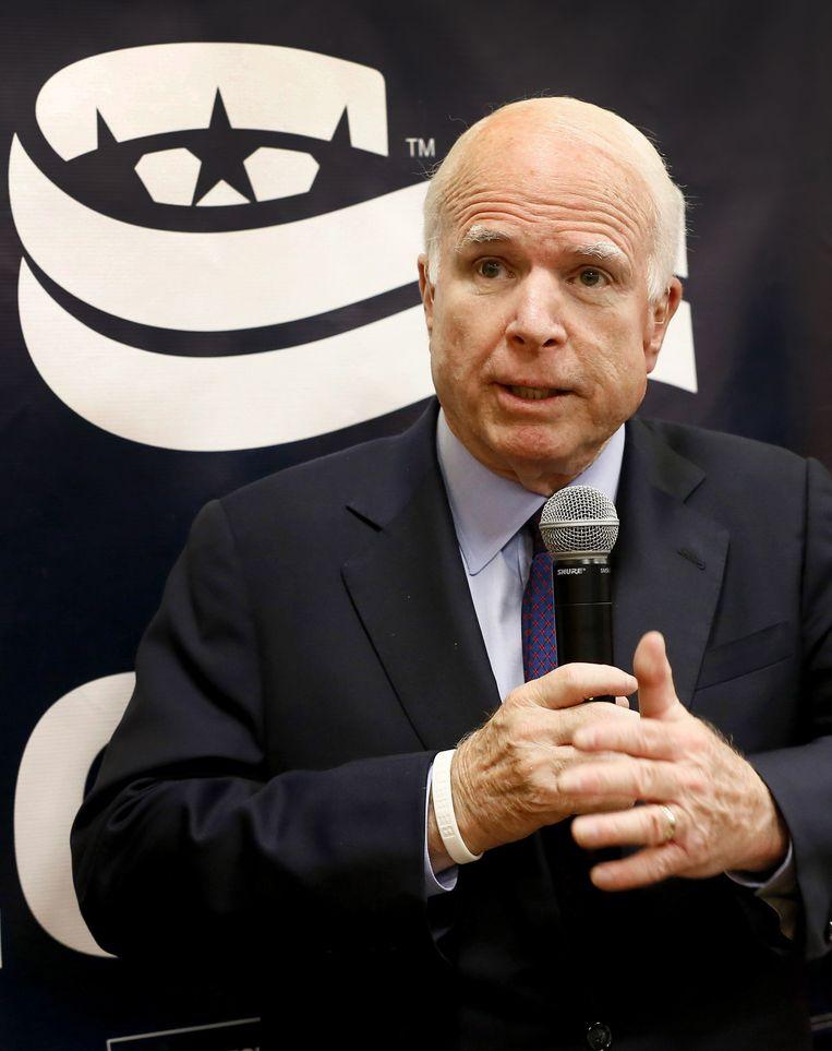 John McCain levert felle kritiek op de JSF. Beeld AP