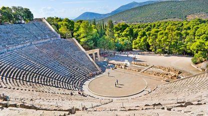 Geroemde akoestiek Griekse theaters is mythe