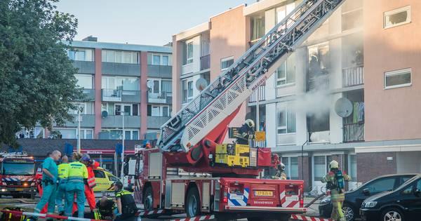 Zware explosie Kanaleneiland, meerdere gewonden onder wie agent