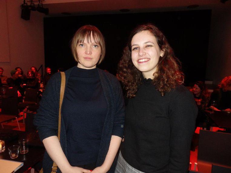 Schrijvers Basje Boer en Emma Stomp. Over een ontmoeting via blikken en een vriendje in Berlijn. Beeld Schuim
