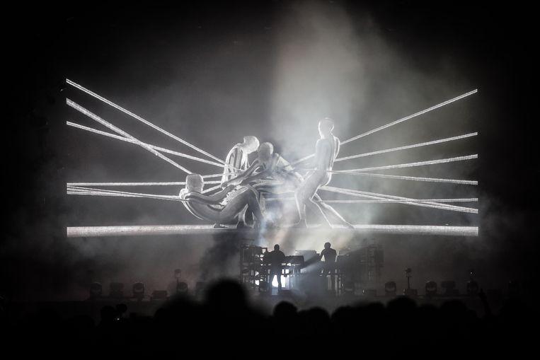Het optreden van The Chemical Brothers belooft een indrukwekkend licht- en klankenspel te worden.