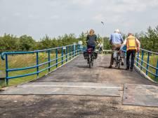 Linten knappen: Hoevenbrug bij Zwolle nog even niet verwarmd, omleiding duurt langer