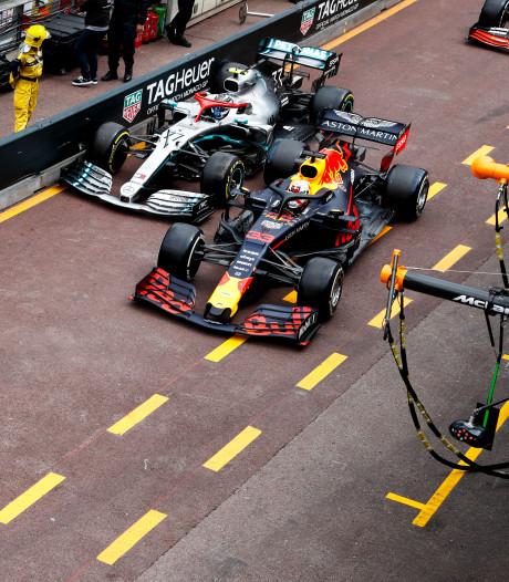 Verstappen kreeg tijdstraf vanwege contact met Bottas