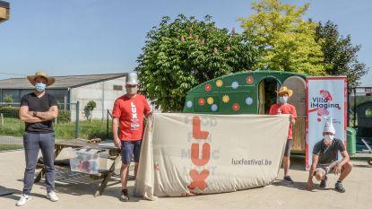 """Kinderen met beperking en uit jeugdzorg mogen ravotten in speelcaravans: """"Elke caravan wordt ontsmet"""""""