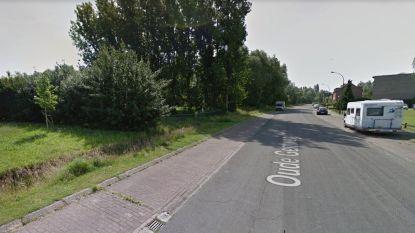 Afvoergracht langs Oude Gentweg wordt breder om wateroverlast te vermijden